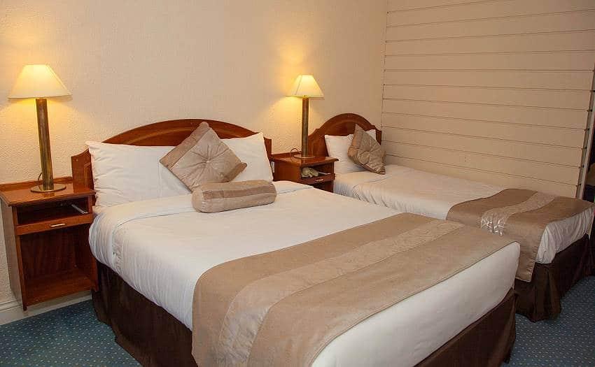 Wanderlust Irland Westlodge Hotel Zimmer