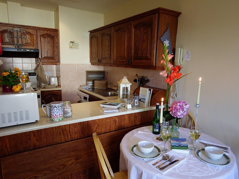 Wanderlust Irland Westlodge Cottage Küche