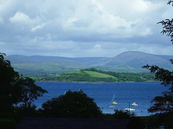 Wanderlust Irland Ausblick Cottages Meer